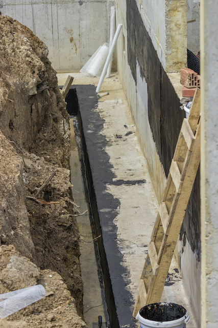 How to Locate and Fix Drainage Problems on Commercial Properties